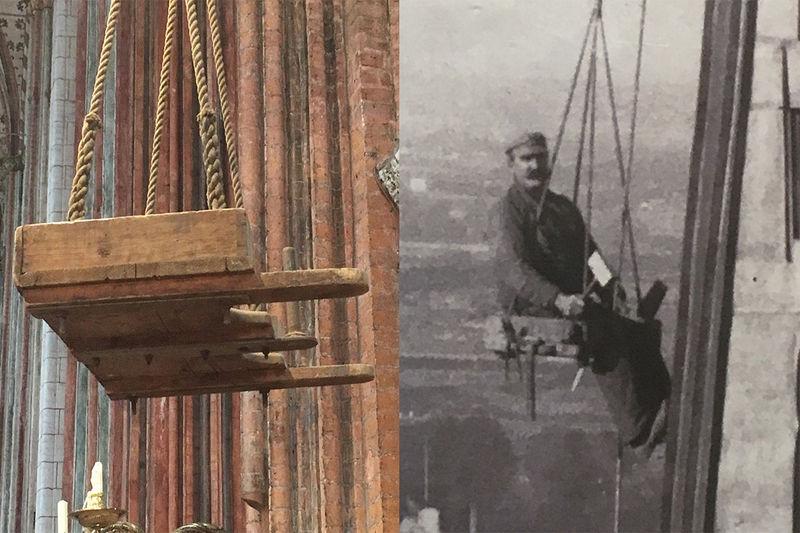Zweigeteiltes Bild: Auf der linken Seite ist ein historischer Hochsitz aus Holz zu sehen, welcher an Tauen hängt und in der Luft schwebt. Auf der rechten ist ein Bild in schwarz-weiß abgebildet. Zu sehen ist ein Handwerker, welcher auf solch einem Hochsitz sitzt und zwar direkt in schwindelnder Höhe am Turmhelm von St. Marien. Das Bild ist von 1929
