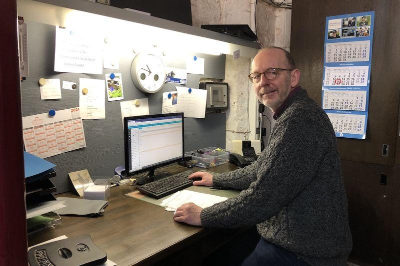 Markus Meier im Büro.